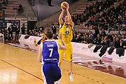 DESCRIZIONE : Ancona Lega A 2012-13 Sutor Montegranaro Chebolletta  Cantu<br /> GIOCATORE : Valerio Amoroso<br /> CATEGORIA : tiro<br /> SQUADRA : Sutor Montegranaro<br /> EVENTO : Campionato Lega A 2012-2013 <br /> GARA : Sutor Montegranaro Chebolletta  Cantu<br /> DATA : 23/12/2012<br /> SPORT : Pallacanestro <br /> AUTORE : Agenzia Ciamillo-Castoria/C.De Massis<br /> Galleria : Lega Basket A 2012-2013  <br /> Fotonotizia : Ancona Lega A 2012-13 Sutor Montegranaro Chebolletta  Cantu<br /> Predefinita :