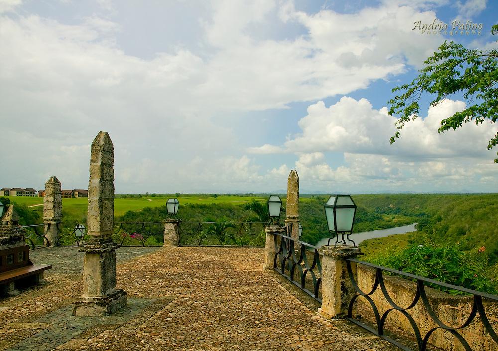 Altos de Chavon, La Romana