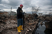 Rob photographed standing at the edge of what used to be his home for 40 years. Jonah Markowitz/Falcon Photo Agency