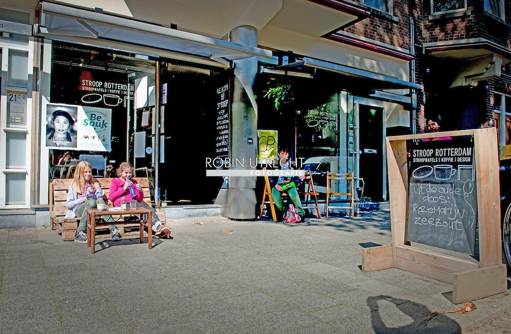 ROTTERDAM - koffiehuisje Stroop  in rotterdam . COPYRIGHT ROBIN UTRECHT