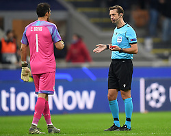 MILAN, Nov. 7, 2019  Manchester City's goalkeeper Claudio Bravo (L) speaks with the referee after he is sent off during the UEFA Champions League Group C football match between Atalanta and Manchester City in Milan, Italy, Nov. 6, 2019. (Photo by Alberto LingriaXinhua) (Credit Image: © Xinhua via ZUMA Wire)