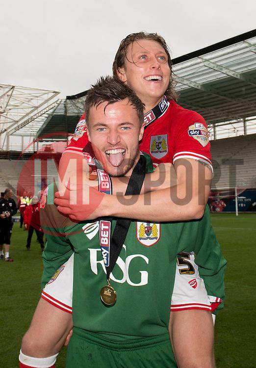 Bristol City Goalkeeper, Dave Richards celebrates with Bristol City's Luke Freeman - Photo mandatory by-line: Dougie Allward/JMP - Mobile: 07966 386802 - 03/05/2015 - SPORT - Football - Bristol - Ashton Gate - Bristol City v Walsall - Sky Bet League One