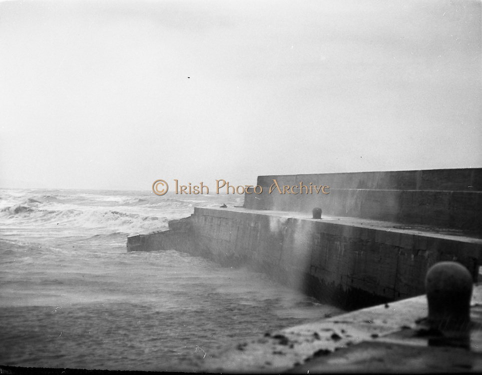 Bray Lighthouse falls.25/09/57