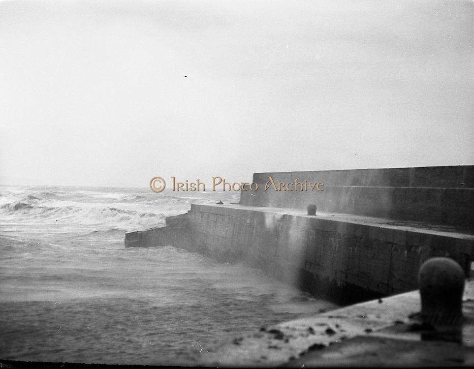 Bray Lighthouse falls.25/09/57