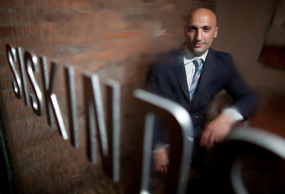 London, Ontario ---10-05-03--- Lawyer Dimitri Lascaris poses for a photo, May 3, 2010 at Siskinds LLP in London, Ontario where he specalizes in class action lawsuits.<br /> GEOFF ROBINS The Globe and Mail
