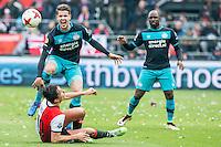 ROTTERDAM - Feyenoord - PSV , Voetbal , Eredivisie , Seizoen 2016/2017 , De Kuip , 26-02-2017 ,  tackle van Feyenoord speler Steven Berghuis (l) op PSV speler Marco van Ginkel (2e l)