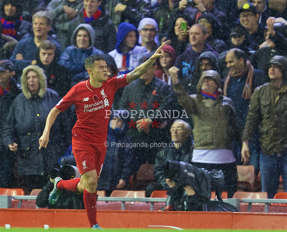 LIVERPOOL, ENGLAND - Sunday, November 8, 2015: Liverpool's Philippe Coutinho Correia celebrates scoring the first equalising goal against Crystal Palace during the Premier League match at Anfield. (Pic by David Rawcliffe/Propaganda)