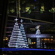 Albero di natale di luce<br /> <br /> Christmas lighting tree<br /> <br /> #6d, #photooftheday #picoftheday #bestoftheday #instadaily #instagood #follow #followme #nofilter #everydayuk #canon #buenavistaphoto #photojournalism #flaviogilardoni <br /> <br /> #london #uk #greaterlondon #londoncity #centrallondon #cityoflondon #londontaxi #londonuk #visitlondon<br /> <br /> #photo #photography #photooftheday #photos #photographer #photograph #photoofday #streetphoto #photonews #amazingphoto #blackandwhitephoto #dailyphoto #funnyphoto #goodphoto #myphoto #photoftheday #photogalleries #photojournalist #photolibrary #photoreportage #pressphoto #stockphoto #todaysphoto #urbanphoto