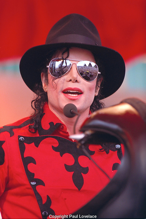 Michael Jackson in Sydney in 1996, where he got married.