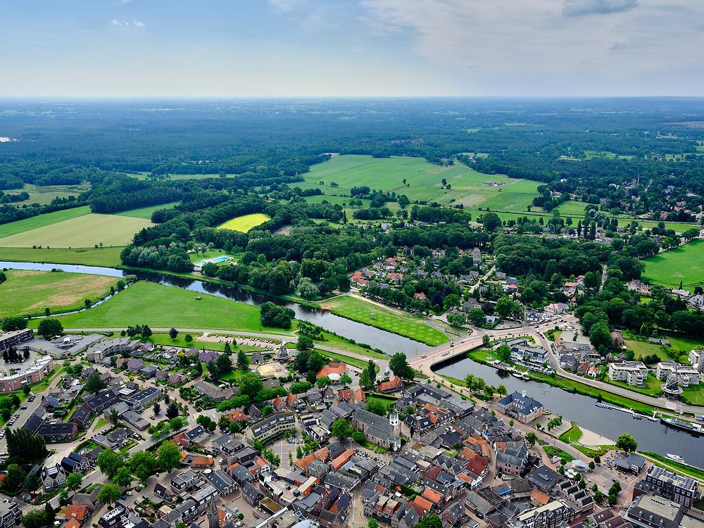 Nederland, Overijssel, Gemeente Ommen; 21–06-2020; overzicht Ommen, in de streek Salland en gelegen aan deOverijsselse Vecht<br /> Overview Ommen, in the Salland region and located near the Overijsselse Vecht.<br /> luchtfoto (toeslag op standaard tarieven);<br /> aerial photo (additional fee required)<br /> copyright © 2020 foto/photo Siebe Swart