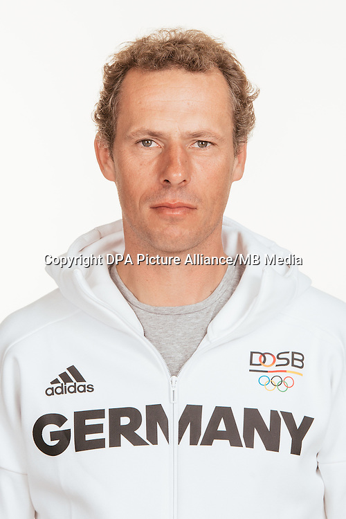 Christian Ahlmann poses at a photocall during the preparations for the Olympic Games in Rio at the Emmich Cambrai Barracks in Hanover, Germany, taken on 18/07/16 | usage worldwide