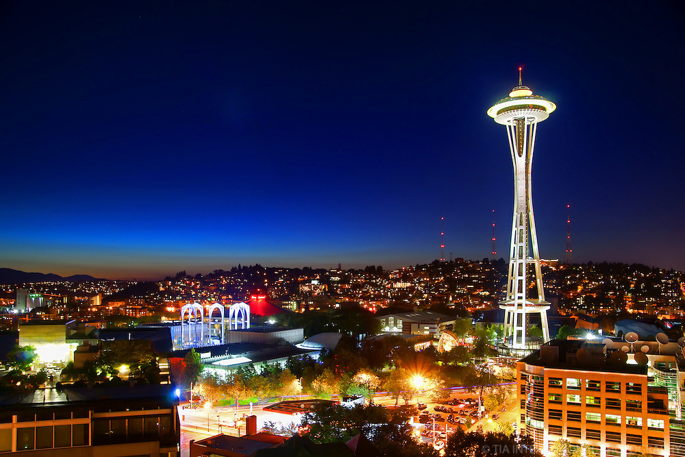 Space Needle @ Dusk, Seattle Center