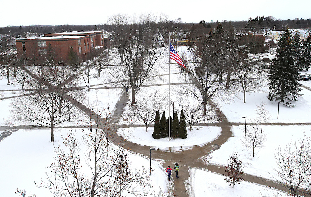 Central Michigan University winter scenics Warriner Mall.  Central Michigan University photo by Steve Jessmore