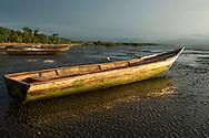 Pueblo de Taimati en la costa del  golfo de San Miguel, Provincia de Darien,  Océano Pacífico de Panamá.   El golfo de San Miguel es el estuario más grande de Panamá, con una extensión de unos 1,760 km2.  La comunidad de Taimati  esta conformada por indígenas Embera-Wounaan y criollos dedicados principalmente a la pesca artesanal y cultivos como el arroz, yuca y plátanos.