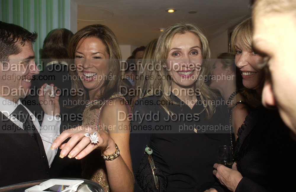 Heather Kerzner and Allegra Hicks. Launch dinner for Island Beauty by India Hicks hosted by Charles Finch and Harvey Nichols Fifth Floor Restaurant. London. .  14  November 2005 . ONE TIME USE ONLY - DO NOT ARCHIVE © Copyright Photograph by Dafydd Jones 66 Stockwell Park Rd. London SW9 0DA Tel 020 7733 0108 www.dafjones.com