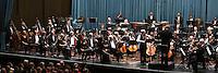 Ludwigshafen. 11.09.15 Pfalzbau. Konzertsaal. Deutsche Staatsphilharmonie Rheinland-Pfalz. Modern Times 2015. Das Metropolregion Sommer-Musikfest.<br /> - Modern Times 1. Why Patterns? <br /> Karl-Heinz Steffens, Dirigent und Gidon Kremer, Violine<br /> <br /> Bild: Markus Pro&szlig;witz 11SEP15 /masterpress