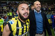 ARNHEM, Vitesse - SC Heerenveen 5-2, voetbal, playoff Europa League, seizoen 2014-2015, 31-05-2015, Stadion de Gelredome, Vitesse speelt volgend seizoen in de Europa League, Vitesse speler Rochdi Achenteh (L), Vitesse coach Peter Bosz (R).