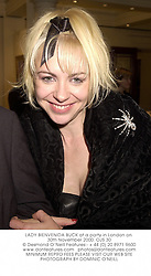 LADY BIENVENIDA BUCK at a party in London on 30th November 2000.	OJS 30
