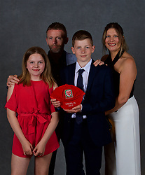 NEWPORT, WALES - Saturday, May 19, 2018: Tom Kelly and family during the Football Association of Wales Under-16's Caps Presentation at the Celtic Manor Resort. (Pic by David Rawcliffe/Propaganda)