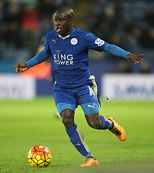 N'Golo Kante of Leicester City in action - Mandatory byline: Jack Phillips/JMP - 02/02/2016 - FOOTBALL - King Power Stadium - Leicester, England - Leicester City v Liverpool - Barclays Premier League