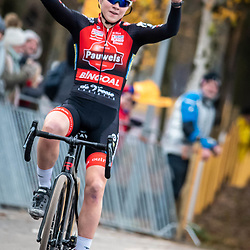 2018-12-01: Cycling: Zilvermeercross Mol: Laura Verdonschot wins in Mol