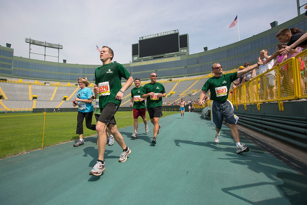 Cellcom Green Bay Marathon  May 2013. (Mike Roemer Photo)