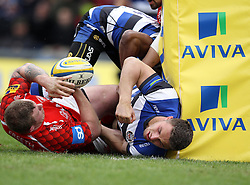 Bath's Sam Burgess misses out on a try - Photo mandatory by-line: Robbie Stephenson/JMP - Mobile: 07966 386802 - 29/03/2015 - SPORT - Rugby - Oxford - Kassam Stadium - London Welsh v Bath Rugby - Aviva Premiership