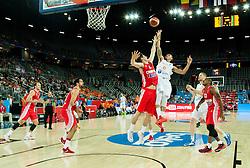 09-09-2015 CRO: FIBA Europe Eurobasket 2015 Nederland - Kroatie, Zagreb<br /> Damjan Rudez of Croatia vs Worthy de Jong of Netherlands during basketball match between Netherlands and Croatia. Photo by Vid Ponikvar / RHF