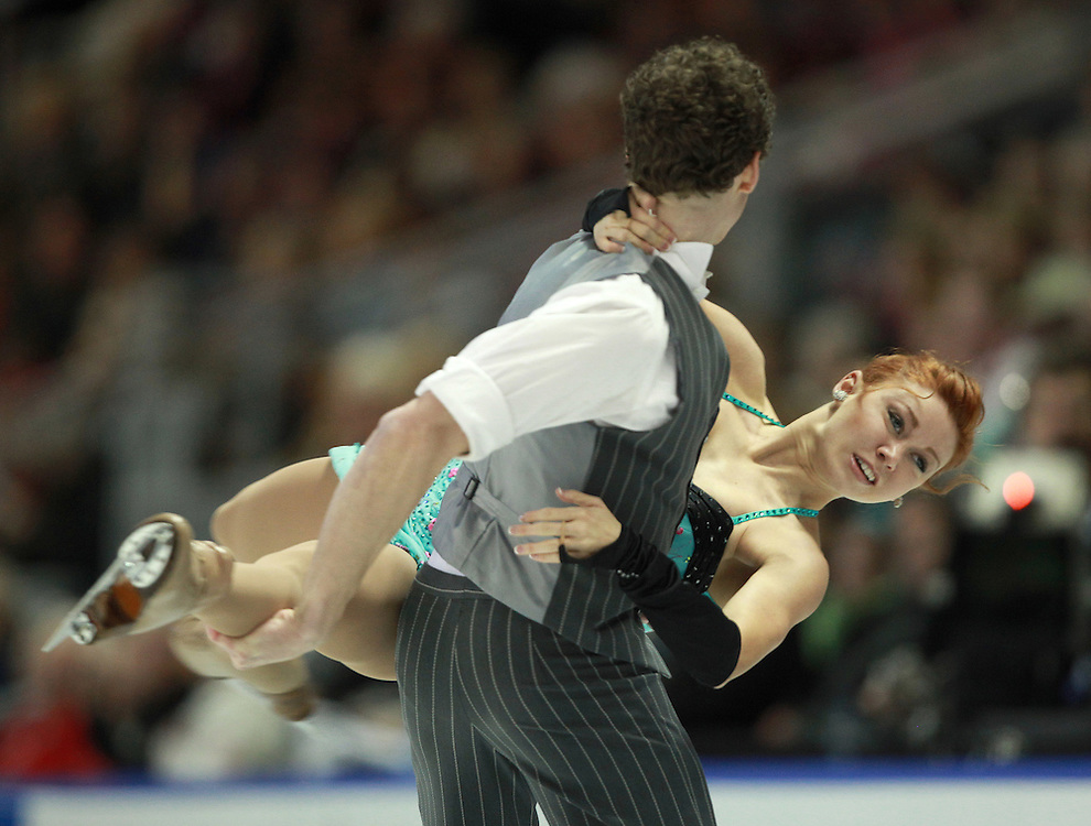 20101029 -- Kingston, Ontario --  Rachel Tibbetts and Collin Brubaker of the United States skate their short dance in the ice dance competition at the 2010 Skate Canada International in Kingston, Ontario, Canada, October 29, 2010.<br /> AFP PHOTO/Geoff Robins