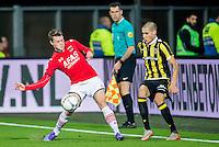 ALKMAAR - 06-02-2016, AZ - Vitesse, AFAS Stadion, 1-0, AZ speler Thomas Ouwejan, Vitesse speler Kevin Diks
