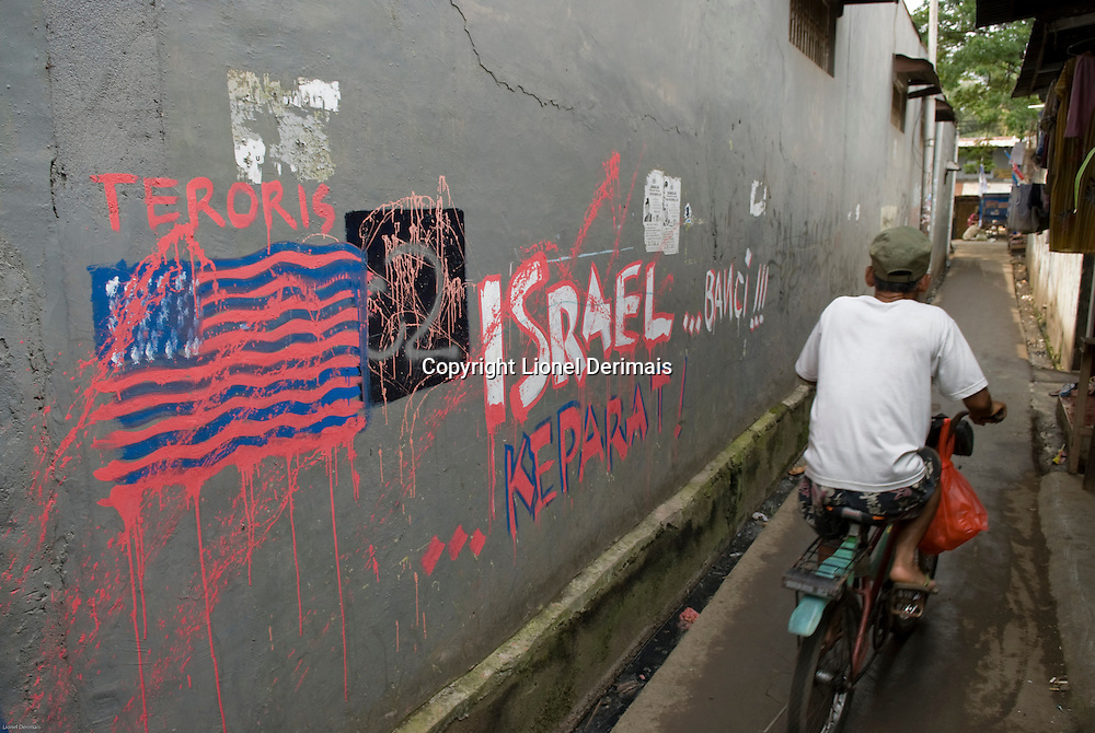 Anti-american and anti-israel graffitis, Jakarta, Indonesia. 2009