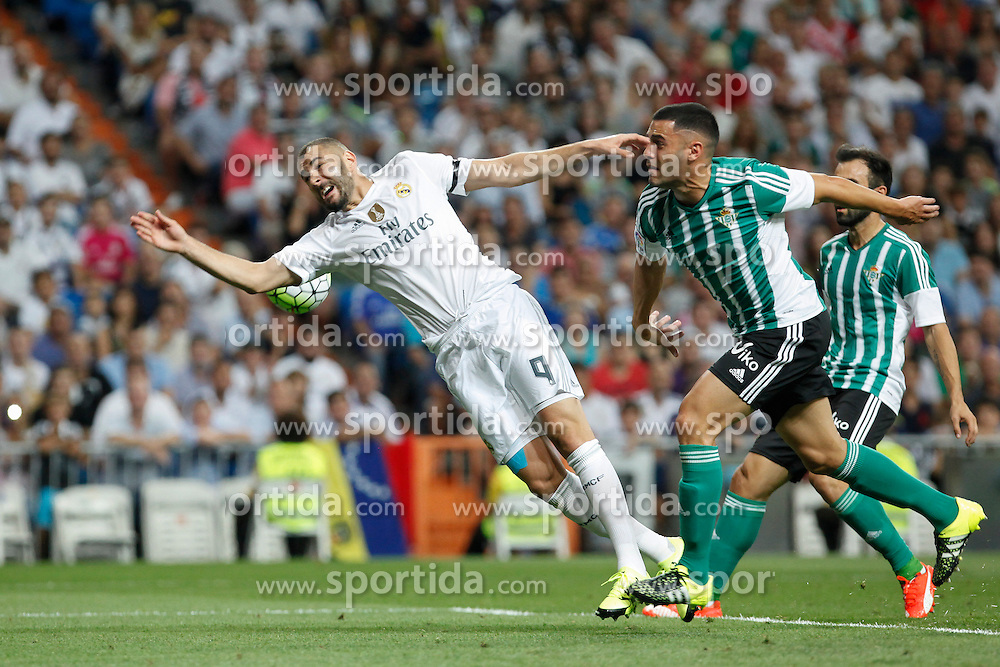 29.08.2015, Estadio Santiago Bernabeu, Madrid, ESP, Primera Division, Real Madrid vs Real Betis, 2. Runde, im Bild Real Madrid&acute;s Karim Benzema // during the Spanish Primera Division 2nd round match between Real Madrid and Real Betis at the Estadio Santiago Bernabeu in Madrid, Spain on 2015/08/29. EXPA Pictures &copy; 2015, PhotoCredit: EXPA/ Alterphotos/ Victor Blanco<br /> <br /> *****ATTENTION - OUT of ESP, SUI*****