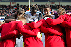 Tammy Abraham of England U21 huddles with his side before kick off - Rogan Thomson/JMP - 11/10/2016 - FOOTBALL - Bescot Stadium - Walsall, England - England U21 v Bosnia and Herzegovina - UEFA European Under 21 Championship Qualifying.