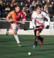 AMSTELVEEN - Niek Merkus (A'dam)   tijdens de hoofdklasse hockeywedstrijd AMSTERDAM-ORANJE ROOD (4-5).  COPYRIGHT KOEN SUYK