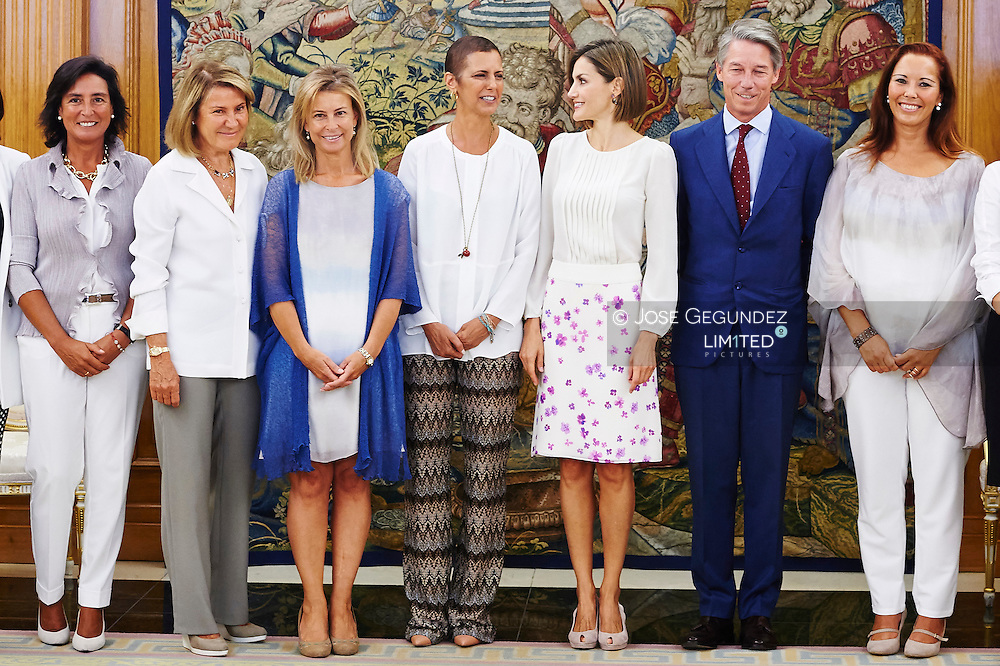 Queen Letizia of Spain attends an audiences with a representation of the Foundation 'What really matters (Lo que la verdad importa)' at Palacio de la Zarzuela on September 3, 2015 in Madrid