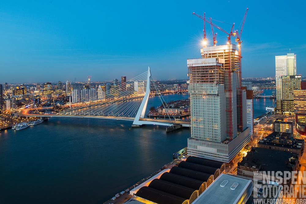 Rotterdam vanaf Montevideo met de Erasmusbrug