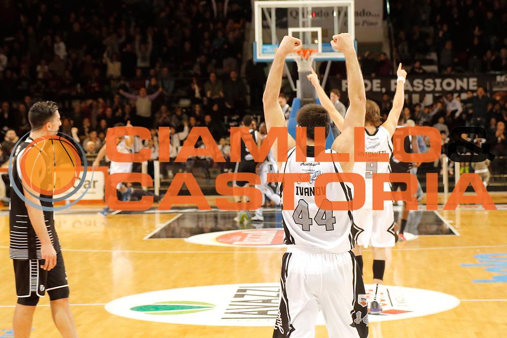 DESCRIZIONE : Caserta Lega A 2014-15 Pasta Reggia Caserta Granarolo Virtus Bologna<br /> GIOCATORE : Dejan Ivanov<br /> CATEGORIA : esultanza<br /> SQUADRA :  Pasta Reggia Caserta<br /> EVENTO : Campionato Lega A 2014-2015<br /> GARA : Pasta Reggia Caserta  Granarolo Virtus Bologna<br /> DATA : 08/02/2015<br /> SPORT : Pallacanestro <br /> AUTORE : Agenzia Ciamillo-Castoria/A. De Lise<br /> Galleria : Lega Basket A 2014-2015 <br /> Fotonotizia : Caserta Lega A 2014-15 Pasta Reggia Caserta  Granarolo Virtus Bologna