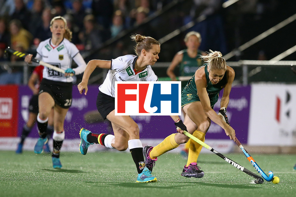 JOHANNESBURG, SOUTH AFRICA - JULY 18: Shelley Jones of South Africa and Jana Teschke of Germany battle for possession during the Quarter Final match between Germany and South Africa during the FIH Hockey World League - Women's Semi Finals on July 18, 2017 in Johannesburg, South Africa.  (Photo by Jan Kruger/Getty Images for FIH)