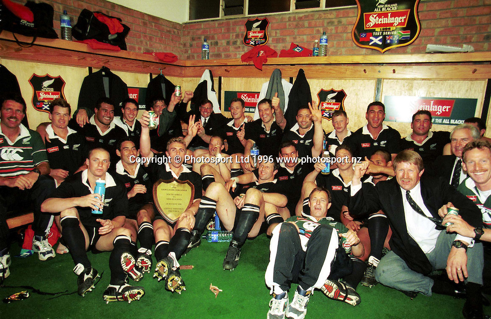 The All Blacks celebrate the series win, All Blacks v South Africa, New Zealand Tour of South Africa, 24 August 1996. Photo: Andrew Cornaga/PHOTOSPORT