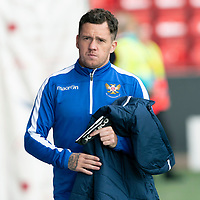 Aberdeen v St Johnstone…14.09.19   Pittodrie   SPFL<br />Danny Swanson makes his way to the bench<br />Picture by Graeme Hart.<br />Copyright Perthshire Picture Agency<br />Tel: 01738 623350  Mobile: 07990 594431