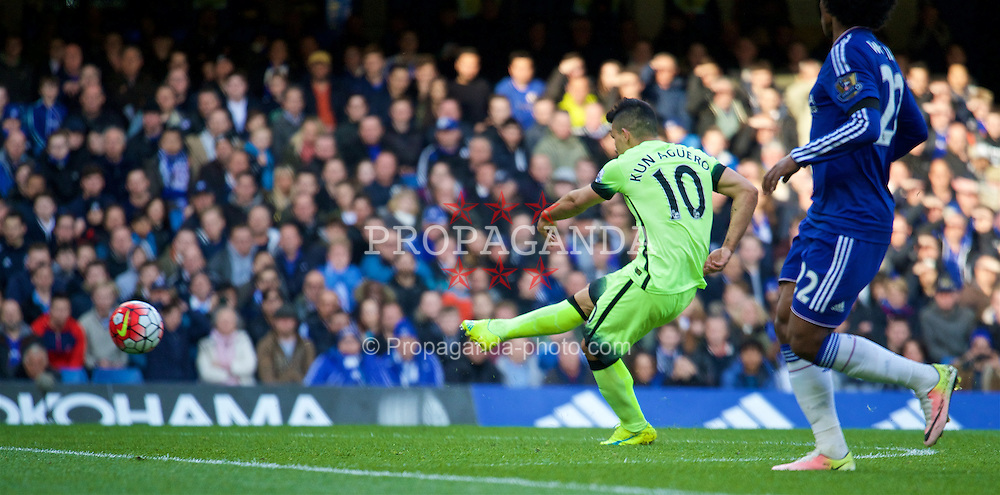 LONDON, ENGLAND - Saturday, April 16, 2016: Manchester City's Sergio Aguero scores the first goal against Chelsea during the Premier League match at Stamford Bridge. (Pic by Kirsten Holst/Propaganda)
