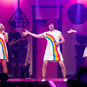 NLD/Amsterdam/20191115 - Chantals Pyjama Party in Ziggo Dome, Chantal Janzen en Famke Louiseen Tijl Beckand