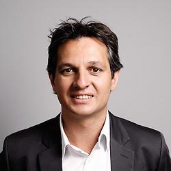 Portrait de Jerome Langlet - Directeur des opérations musique des radios musicales et des activités télévision en France et brand manager de Virgin. Paris, France. May 27, 2009. Photo: Antoine Doyen. All rights reserved