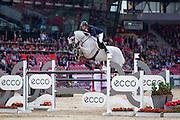 Ben Maher - Cella<br /> FEI European Championships 2013<br /> © DigiShots