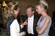 Lady Dalmany, Earl and Countess of Derby. the Royal Caledonian Ball. 2001. Grosvenor house. London. 3 May 2001. © Copyright Photograph by Dafydd Jones 66 Stockwell Park Rd. London SW9 0DA Tel 020 7733 0108 www.dafjones.com