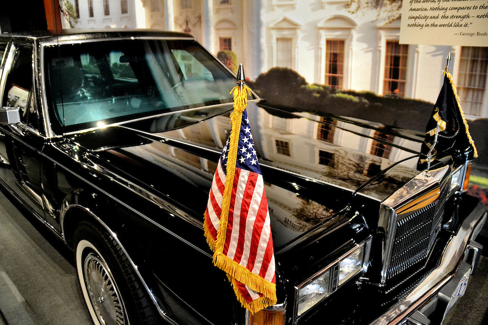 texas station bush presidential george limo library museum college president beast lincoln presidents 1989 town states united service engine secret