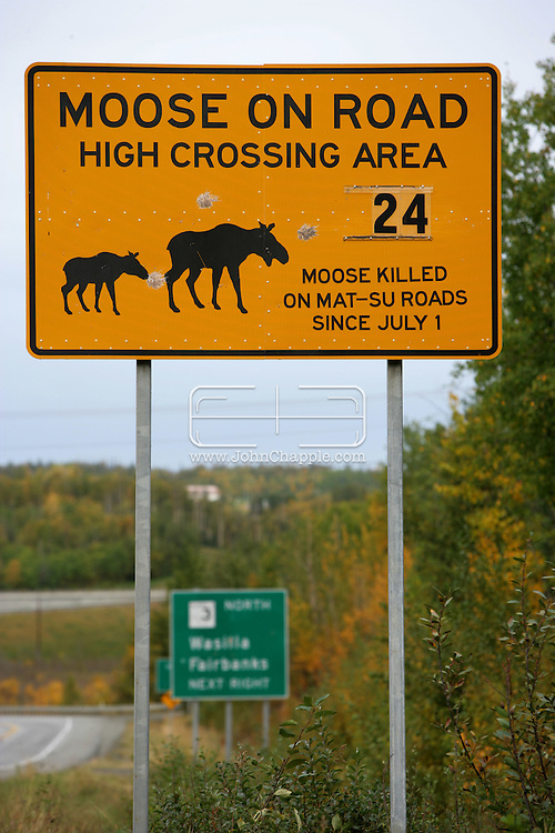 11th September 2008, Wasilla, Alaska. A road sign warning of the danger to motorists hitting Moose near the home of US Republican Vice Presidential pick Sarah Palin in Alaska. PHOTO © JOHN CHAPPLE / REBEL IMAGES.tel: +1-310-570-910