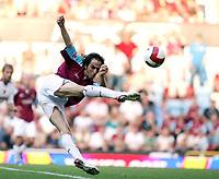 Photo: Chris Ratcliffe.<br /> West Ham United v Aston Villa. The Barclays Premiership. 10/09/2006.<br /> Yossi Benayoun of West Ham.