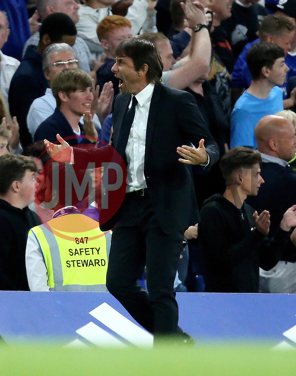Chelsea manager Antonio Conte celebrates Eden Hazard's goal scored from the penalty spot - Mandatory by-line: Robbie Stephenson/JMP - 15/08/2016 - FOOTBALL - Stamford Bridge - London, England - Chelsea v West Ham United - Premier League