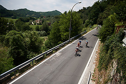 Lucinda Brand (NED) leads on the descent at Giro Rosa 2018 - Stage 8, a 126.2 km road race from San Giorgio di Perlena to Breganze, Italy on July 13, 2018. Photo by Sean Robinson/velofocus.com